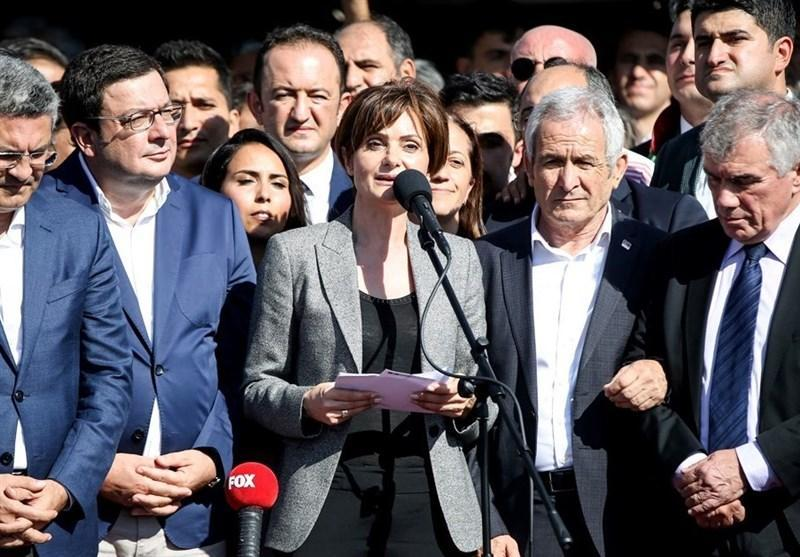 حکم حبس برای یکی از مخالفین اردوغان به خاطر پیغام توییتری