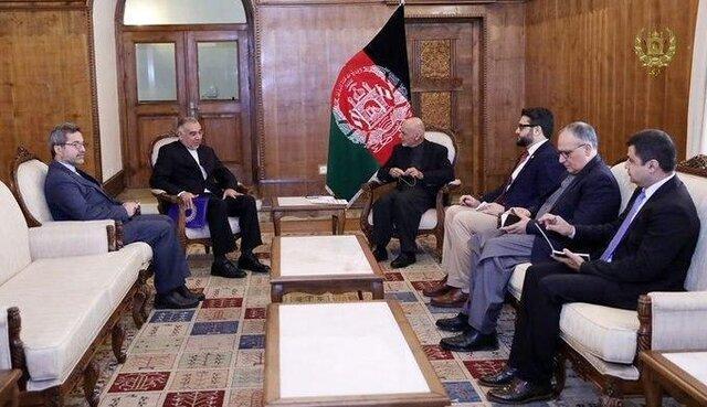 دیدار نماینده ویژه ایران در امور افغانستان با اشرف غنی