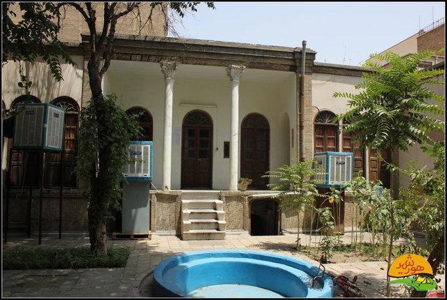 معاونت میراث فرهنگی تهران به خانه رضاخانی می رود