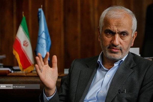 کارمند قلابی اطلاعات دادگستری در آزادشهر دستگیر شد