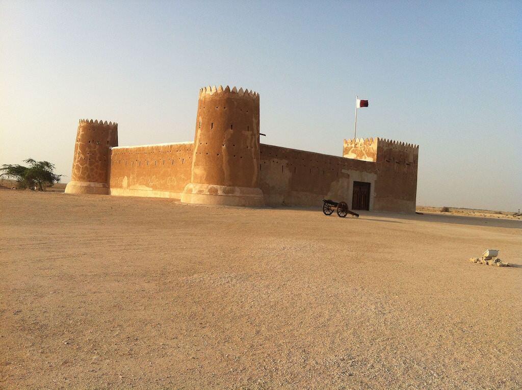 جاذبه های گردشگری قطر؛ از قلعه آل زوباره تا تفرجگاهی به شکل نعل اسب