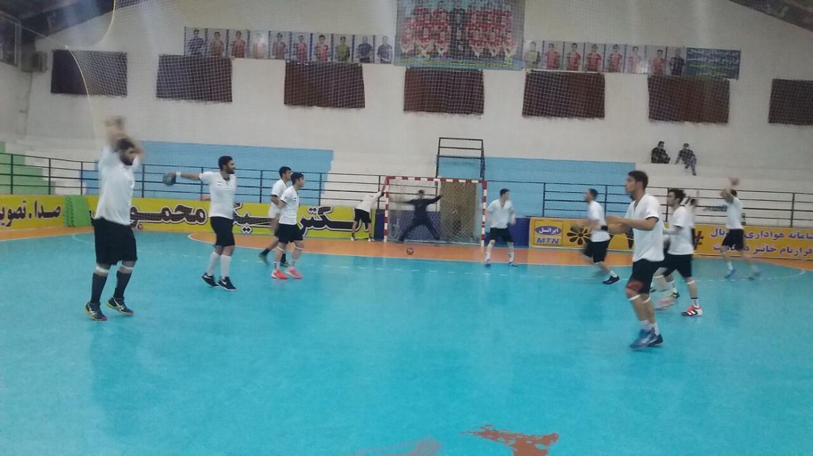 خبرنگاران 2 نوجوان دیلمی به اردوی تیم ملی هندبال دعوت شدند