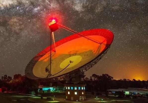 سیگنال های رادیویی مرموز خبر از وجود بیگانگان در منظومه شمسی می دهند؟