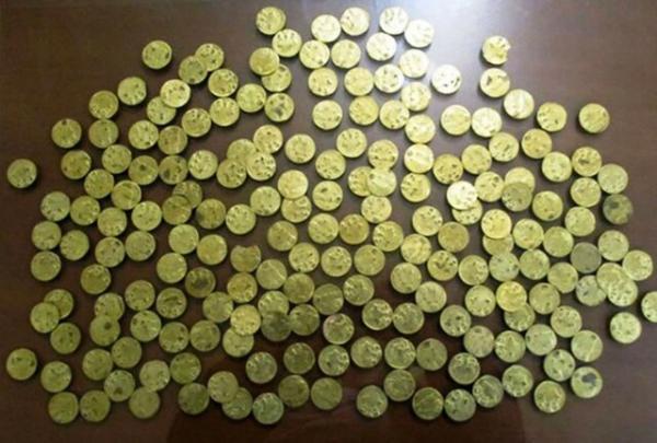 کشف و ضبط 87 سکه تقلبی در کردستان