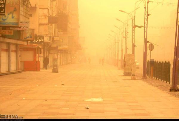 تهران غرق گرد و غبار می گردد