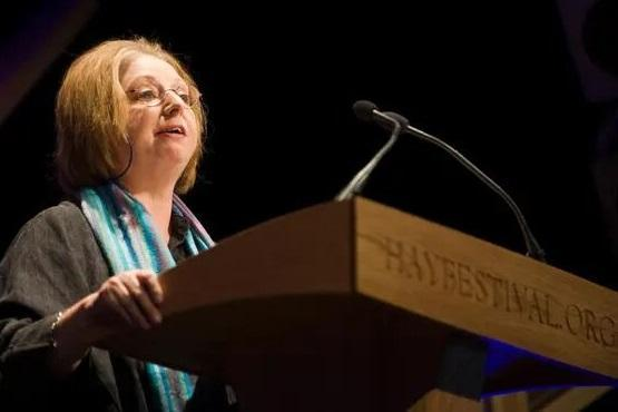 اعلام انزجار نویسنده معروف از سیاست های مهاجرتی انگلیس