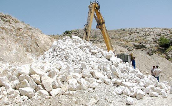 افزایش 40 درصدی فراوری سنگ آهک دانه بندی پیربکران در پنج ماه